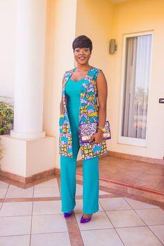 Inspiration - Akosua Vee, elle a du style - Pagnifik African Fashion Ankara, Ghanaian Fashion, African Inspired Fashion, African Print Fashion, Ethnic Fashion, African Dresses For Women, African Print Dresses, African Attire, African Wear