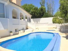 Very modern high-quality villa with private pool in the Arabella Park, Son Xigala.