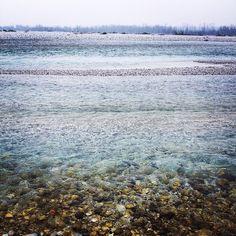 #ShareIG #tagliamento #tagliamentoriver #italy #winter #winter2015 #water #wasser #fluss #river #stones #steine #blue #blau #landscape #nature #naturelovers #scenery