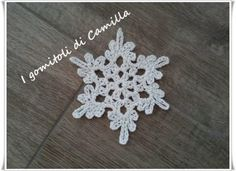 Sampler Quilts, Crochet Snowflakes, Christmas Time, Diy And Crafts, Crochet Earrings, Camilla, Knitting, Flowers, Jewelry