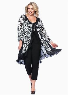 #TS14+ Blurred Vision Jacket #plussize #curvy