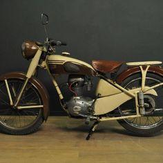 motobecane d45 motobecane moto fran aise ancienne motobecane 125cc moteur monocylindre 4temps. Black Bedroom Furniture Sets. Home Design Ideas