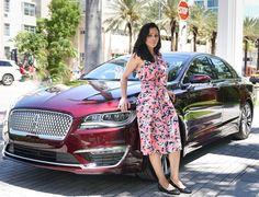 Lincoln MKZ 2017 Por @estefaniafarias A Lincoln Motor Company divisão de luxo da Ford nos Estados Unidos lançou recentemente em Miami Flórida a versão 2017 do sedã de entrada da companhia o MKZ. Ele marcou a nova fase da Lincoln no final de 2012 quando a Ford o apresentou anunciando a decisão de voltar a ser uma forte concorrente no mercado automotivo de luxo depois de dois anos sem novas criações. No passado a marca do diamante estilizado ficou conhecida por produzir limusines a vários…