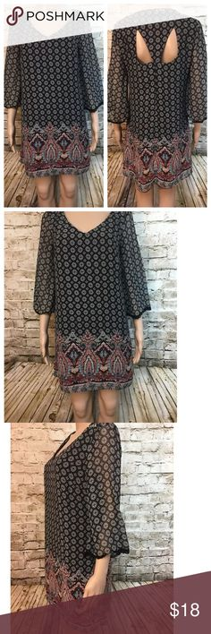 "As U Wish AUW shift dress keyhole back Very nice AUW dress with keyhole back. 2 layers chiffon and poly black lining. Sleeves are sheer and have crochet at the cuffs Size: S Chest: 36"" Length: 33"" As U Wish Dresses Mini"