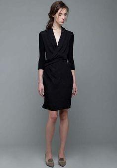 f4928dd52db Super fashion minimalist style black outfits ideas Petite Robe Noire