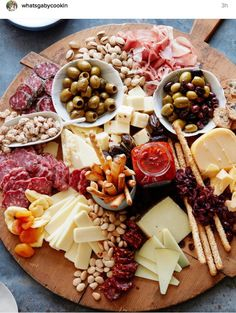 The Ultimate Appetizer Board from www. (What's Gaby Cooking) The Ultimate Appetizer Board from www. (What's Gaby Cooking) Snacks Für Party, Appetizers For Party, Appetizer Recipes, Meat Appetizers, Appetizer Ideas, Appetizer Plates, Birthday Appetizers, Easter Appetizers, Party Drinks