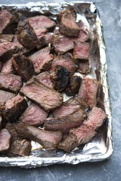 This four ingredient Grilled Steak Marinade is packed with classic BBQ flavor. A wonderful choice for summer parties. #marinade #steak #grilledsteak #BBQ #grilling Steak Fajitas, Steak Marinade For Grilling, Grilling The Perfect Steak, Steak Marinade Recipes, Grilled Steak Recipes, Grilled Beef, How To Grill Steak, Grilling Recipes, Meat Recipes
