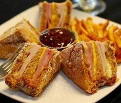 Bennigan's Baked Monte Cristo Sandwich