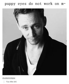 Let's also take a moment to remember that this was not a photo shoot. This was Tom, randomly standing in his effing kitchen. He always looks gorgeous. He walks around his KITCHEN like THAT!?!?! <- yes.
