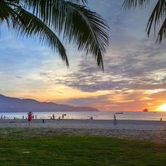 Sunrise on Danang Beach, Vietnam: http://vietnamtravelbusiness.com/tour/danang-beach.html