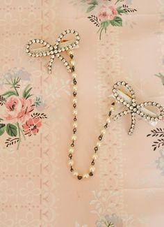Vintage Glamour Inspired Sweater Guard Clips. » My blog