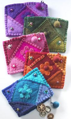 Felt patchwork daisy purse