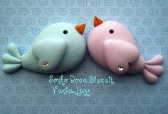 Imã ou aplique casal de passarinhos by Sonho Doce Biscuit *Vania.Luzz*, via Flickr