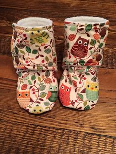 Owl / Woodland Print Baby Stay on Booties / Baby Slippers / Baby Shoes / Babywearing Booties / Toddler Booties / Toddler Slippers by YouAreMySunshineLtd on Etsy https://www.etsy.com/uk/listing/474880740/owl-woodland-print-baby-stay-on-booties