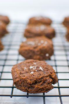 A Clean Bake: 3-Ingredient Detox Cookies