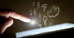 La tecnología de pantallas táctiles ya es cosa del pasado. Revolucionar la manera en que interactuamos con los dispositivos y las aplicaciones que se