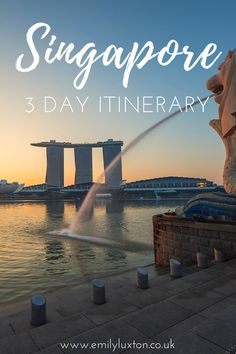 My three day itinerary for exploring Singapore - taking in three very different sides of the country. From the modern, eclectic culture, to the colourful ethnic districts of Singapore, to the lush nature of Pulau Ubin. This is the perfect itinerary to see the best of Singapore in a few days! | #Singapore #SEAsia #Asia #PassionMadePossible #FlyNowegian #travel #singaporetravel #traveltips