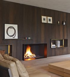 DE PUYDT HAARDEN | Biennale Interieur # interieur14 #interieurbiennale #kortrijk #covetlounge Modern Fireplace, Fireplace Design, Simple Fireplace, Wood Fireplace, Fireplaces, Modern Interior Design, Interior Architecture, Living Comedor, Interiores Design