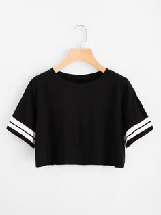 Short Sleeve T-Shirts. T-Shirts Designed with Round Neck. Regular fit. Striped design. Trend of Summer-2018. Designed in Black. Fabric is very stretchy.