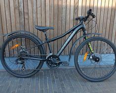 """Tweedehands Cannondale 24"""" Trail- 24"""" sportieve, erg kwalitatieve kinderfiets- erg goed onderhouden- aankoopdatum: oktober 2017- vraagprijs: € 190- contactpersoon bij interesse (eigenaar):0498664392 (Mevr. Deprez) Trail, Bicycle, October, Bike, Bicycle Kick, Bicycles"""