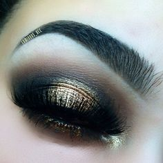 dark gold eye makeup