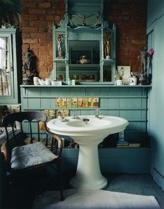 Love the color & sink  http://www.bloodandchampagne.com/