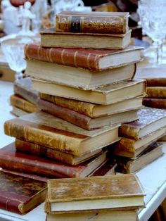 At Pretty Page Turner our favorite cover models are books. We can't get enough beautiful book photography of old books and their vintage bookshelf. Old Books, Antique Books, Vintage Books, Vintage Stuff, I Love Books, Books To Read, Spirit Fanfic, Leather Bound Books, Book Aesthetic