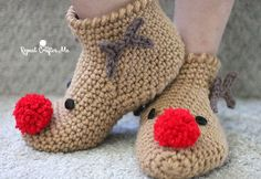 Crochet Rudolph Slipper Socks - Repeat Crafter Me-free pattern and video tutorial Crochet Baby Socks, Crochet Santa, Holiday Crochet, Crochet Slippers, Crochet Gifts, Crochet For Kids, Baby Knitting, Free Crochet, Knit Crochet