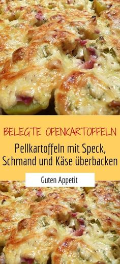 Baked potatoes (jacket potatoes baked with bacon, sour cream and cheese) Sprainnews Belegte Ofenkartoffeln (Pellkartoffeln mit Speck, Schmand und Käse überbacken) Sweet Sauce, Smoked Bacon, Ground Beef Recipes, Superfood, Sour Cream, Food Porn, Dinner Recipes, Food And Drink, Easy Meals