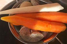 Salata de boeuf - rețetă pas cu pas | Laura Laurențiu Carrots, Vegetables, Food, Salads, Essen, Carrot, Vegetable Recipes, Meals, Yemek