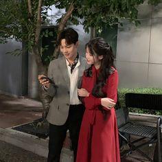 Korean Celebrities, Korean Actors, Drama Korea, Korean Drama, Luna Fashion, Besties, Web Drama, Kdrama Actors, Drama Memes