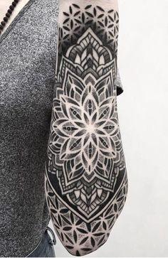 107 mandala tattoos for men (body parts) mandala tattoo - mandala - # for . - 107 mandala tattoos for men (body parts) mandala tattoo – mandala – Parts - Mandalas Tattoos, Mandala Tattoo Mann, Forearm Mandala Tattoo, Om Tattoo, Tattoo Dotwork, Geometric Mandala Tattoo, Geometric Tattoos Men, Tattoo Und Piercing, Geometry Tattoo