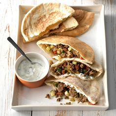 Curried Beef Pita Pockets Pita Recipes, Beef Recipes, Cooking Recipes, Sandwich Recipes, Beef Meals, Beef Sandwich, Barbecue Recipes, Meatball Recipes, Easy Cooking