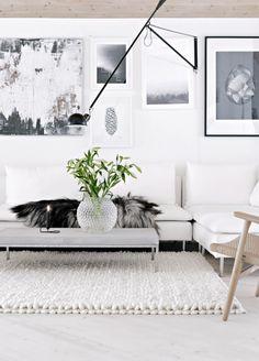 Älskar mattan!!! Harmoniskt! Så snygg lampa och fina golv. Hos Stylizimo
