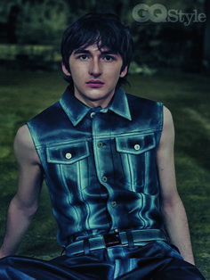 Isaac Hempstead Wright appears in GQ Style, talks the end of Game of Thrones