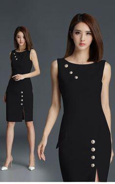 Vestido de Trabalho Social by Isabel Martin Gonzalez in 2019 Casual Dresses, Short Dresses, Fashion Dresses, Dresses For Work, Work Attire, Asian Fashion, Dress Patterns, Designer Dresses, Beautiful Dresses