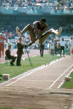 Bob Beamon reiste als Weitsprung-Favorit zu den Olympischen Spielen in Mexiko, doch was dann geschah, hatte auch er nicht erwartet