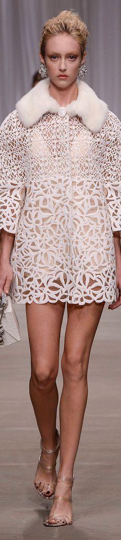 LOOKandLOVEwithLOLO: SPRING 2015 RTW......featuring Ermanno Scervino #runway #crochet