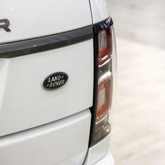 Range Rover My2018 3.0l Tdv6 Hse Fuji White-ebony Jm935 - Buy Hse Tdv6 Fuji White Product on Alibaba.com Used Luxury Cars, Luxury Cars For Sale, Car In The World, Range Rover, Rear Seat, Car Ins, Fuji, Stuff To Buy, Range Rovers