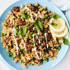 Sitruunainen härkäpapu-kaurapasta   Pasta   Yhteishyvä Cobb Salad, Food, Essen, Meals, Yemek, Eten