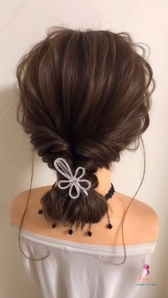 Low Pony Hairstyles, Easy Hairstyles For Thick Hair, Curls For Long Hair, Prom Hair Tutorial, Wedding Hairstyles Tutorial, Messy Low Ponytails, Low Bun Wedding Hair, Simple Prom Hair, Hair Up Styles