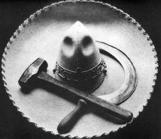 017_Tina Modotti, Sombrero, falce e martello, 1927