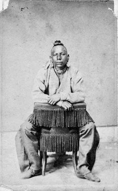 Native North American Indian - Old Photos Native American Photos, Native American Tribes, American Indian Art, Native American History, American Indians, Trail Of Tears, Le Far West, Native Indian, Historical Pictures