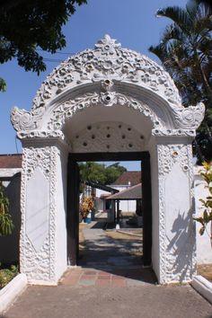 The next gate Cirebon Sultan Palace, Cirebon, Archipelago, Countries Of The World, Java, Worlds Largest, Island, Studio, Architecture