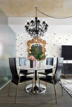 Home - Amanda Aerin Amanda Forrest, Dining Chairs, Dining Table, Dining Rooms, Home Interior Design, Decorating Your Home, Design Projects, Home Goods, Glamour