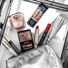 Win 1 of 25 Swag Bags from L'Oreal ~ Canada Contests Canada, Beauty Giveaway, L'oréal Paris, Swag Bags, Loreal, Special Day, Spaces, Facebook, Twitter