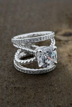 Unique And Stunning Designs That Will Dazzle Special Someone Let Forever S Create Him Or Her A Custom Piece Of Jewelry To Cherish
