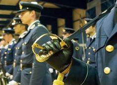 05-05-17 Συμμετοχή των Ελλήνων του Εξωτερικού στις προκαταρκτικές εξετάσεις των Στρατιωτικών Σχολών   05-05-17 Συμμετοχή των Ελλήνων του Εξωτερικού στις προκαταρκτικές εξετάσεις των Στρατιωτικών ΣχολώνΕνημέρωση προθεσμίας υποβολής δικαιολογητικών για τη συμμετοχή υποψηφίων ΕΛΛΗΝΩΝ ΤΟΥ ΕΞΩΤΕΡΙΚΟΥ στις προκαταρκτικές εξετάσεις (ΠΚΕ) των Στρατιωτικών Σχολών.Σύμφωνα με τη σχετική προκήρυξη του Υπουργείου Εθνικής Άμυνας η προθεσμία για την υποβολή των σχετικών δικαιολογητικών των υποψηφίων…