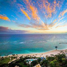 Hilton Waikiki Beach #myvillas #waikikibeach #hiltonhotel