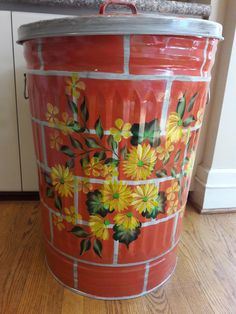 30 Gallon Monogram Can - Hand Painted Galvanized Metal Trash Can w/Side Handles and Tight Fit Lid by krystasinthepointe on Etsy